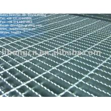 serrated steel floor