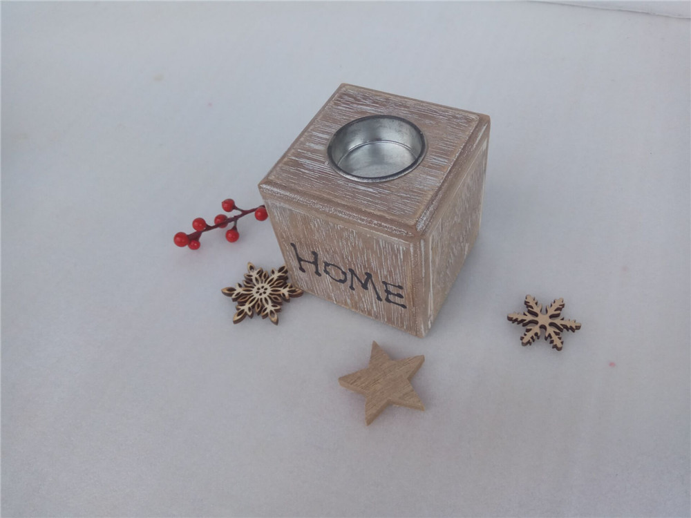 priting wooden candle holder