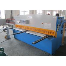 Máquina de corte e corte de metal QC12y