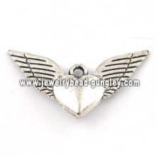 Lucky wing shape pendant necklace