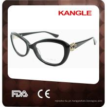 Acetato com molduras metálicas para óculos