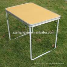 Table de jardin pliante en bois en métal