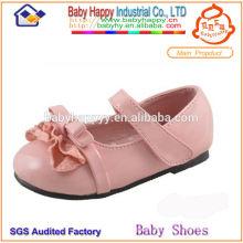 Dedo del pie del pío del alto talón embroma los zapatos