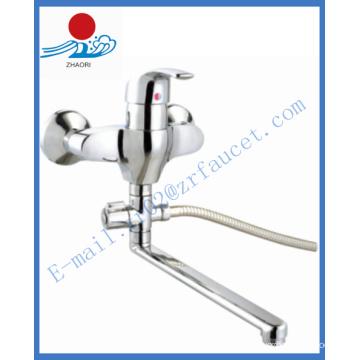 Robinet d'eau monocommande en laiton à robinet de cuisine en laiton (ZR21603-A)