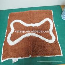 Tissu bon marché Tapis de nettoyage de patte de chien en polyester absorbant l'eau