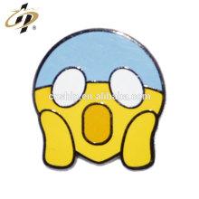 Fornecimento de ferro barato atacado personalizado esmalte emoji botão pin