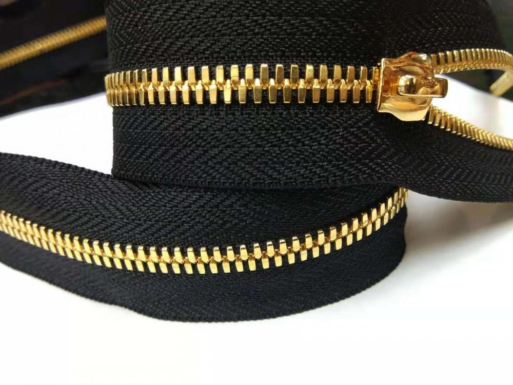 Shiny Gold Corn Teeth Metal Continuous Zipper chain