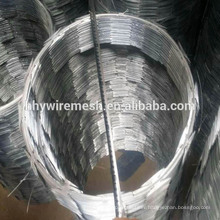 Galvanized BTO-22 CBT-65 Razor Barbed Wire Security Fencing Galvanized Concertina Wire Safety Blade Wire