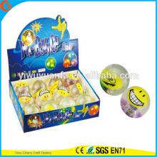 Игрушки горячие продаем детские 65мм emoji смайлик мигающий светло-до прыгающий мяч