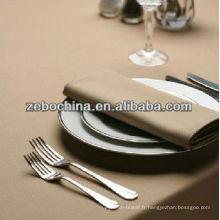 Fabrique directe fabriqué différentes couleurs disponibles serviettes humides en gros de luxe au restaurant
