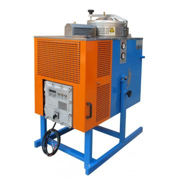 Solvent recovery machine and wall screen