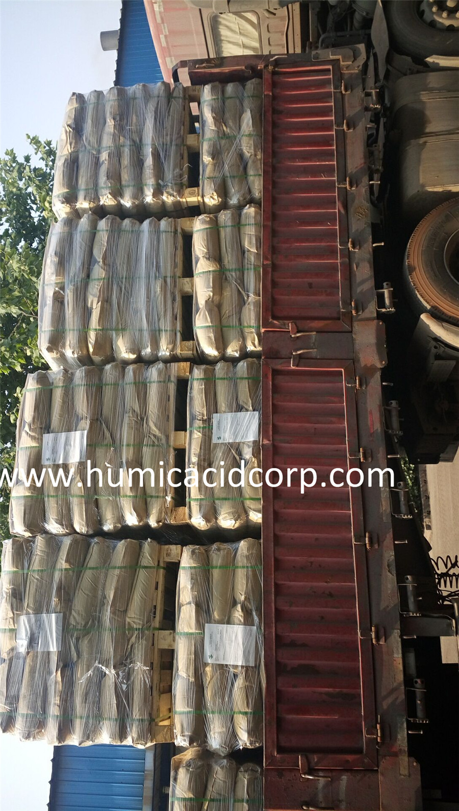 Humic Acid Loading Picture