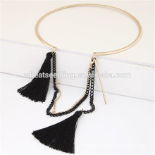 Collier en forme de garniture