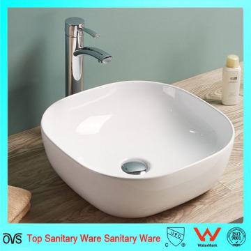 Delinee el borde del lavabo del lavabo de China del diseño moderno