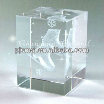 Customized 3D Laser Crystal Cube With A Pair of Shoes for Shoe designer