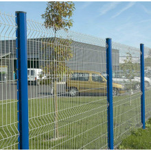 1.8M PVC Coated Welded Wire Mesh Fence Netting