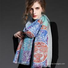 Moquette géométrique en laine femme écharpe bleue imprimée
