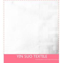 100% coton, blanchi, largeur supplémentaire, sain, literie d'hôtel. Tissu textile