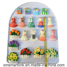 Handy Escultura Polyresin Vestido e Malas Refridgerator Magnet