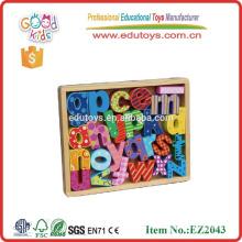 Nueva caja de madera del alfabeto de la venta caliente del diseño El alfabeto de madera del OEM fijó con buena calidad EZ2043