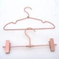 Vente chaude cuivre laiton couleur cintre bébé métal cintre cintres Set