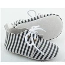 Оптовая новорожденного ребенка замши кожа полоса случайные оксфорд обувь