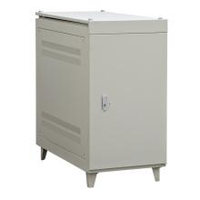 Condicionador de energia CA para telecomunicações específicas