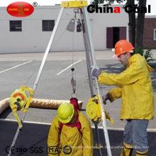 Trípode de rescate utilizado para salvar vidas en lugares peligrosos