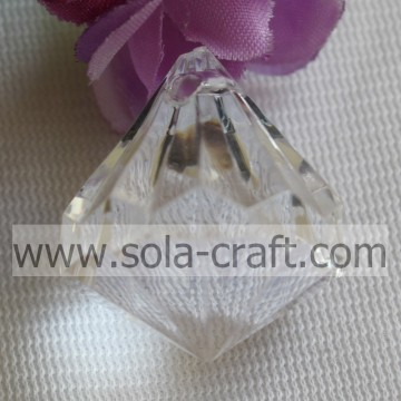 Gros diamant Transparent acrylique Drop trou perles