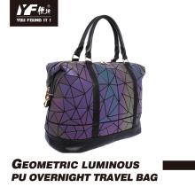 Bolsa de viagem geométrica luminosa em PU