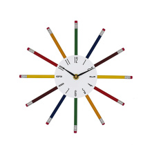 2017 New style wall clock with pencil