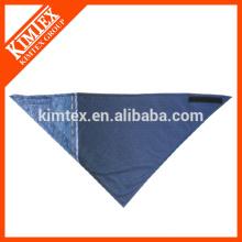 Marca de algodón triángulo perro impreso bandana a medida
