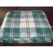 Stock of Polyester and Acrylic Blended Un Refugee Aid Emergency Blanket
