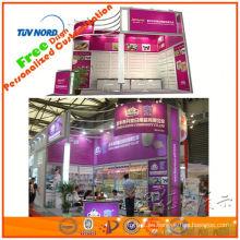 Gran stand de convención exibir espectáculo de diseño de pantalla