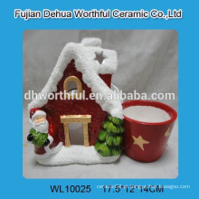 Vaso de cerâmica da forma da casa do Natal do design moderno
