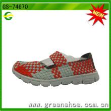 Fábrica de Fujian Jinjiang tecido sapatos feitos por mulheres de mão