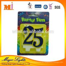 Vela modificada para requisitos particulares del aniversario o del número del cumpleaños