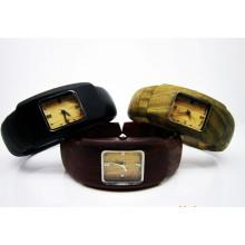 Hlw107 OEM montre en bois des hommes et des femmes montre en bambou de haute qualité montre-bracelet