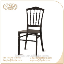 Weißer Chiavari Stuhl der Hochzeit des Tiffany-Stuhls