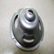 Mangkuk bentuk logam dilukis bahagian-bahagian