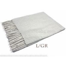 Lenço de lã texturizada de cor lisa puro com franja