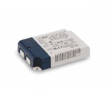 Meanwell IDLV-25 serie ~ 25W carcasa de plástico / PCB tipo de voltaje constante LED de salida del controlador con PFC