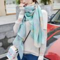 Venta caliente encantadora bufanda silenciador corea flores impresión bufanda de algodón liso