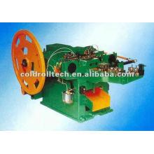 Máquina de fabricación automática de clavos de acero