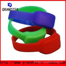 Bracelet anti-moustique élégant