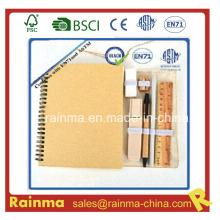 Conjunto de papelería ecológica con cuaderno