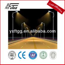 Sistema de iluminación de calle de polo de acero