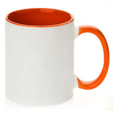 Tasse de sublimation en céramique avec intérieur et couleur de poignée (002)