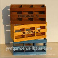 Caja de organizador de madera de pino tallada a mano