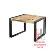 Table basse en bois imprimée